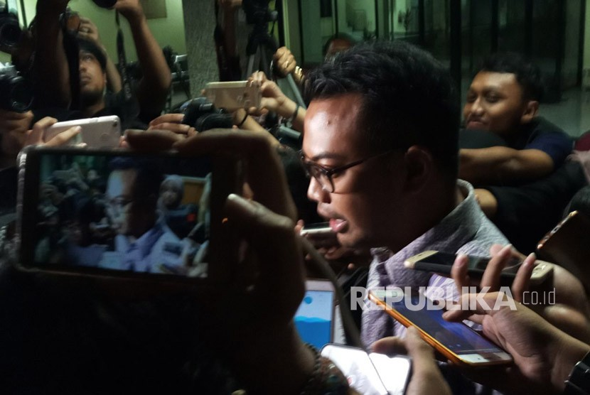 Ruben Hattari, head of public policy Facebook Indonesia meets the police's summon on Wednesday (April 18), over allegation of misuse of data.