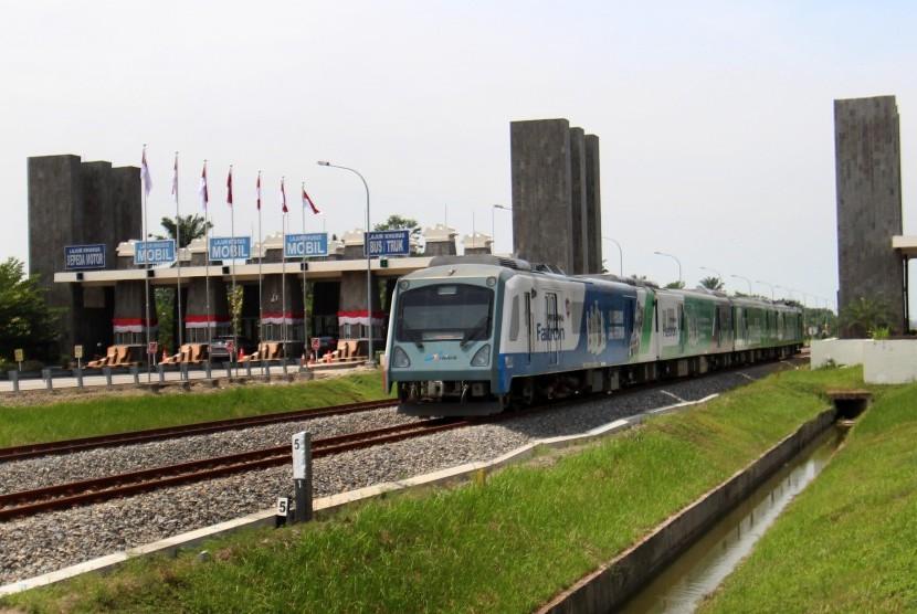 Pemerintah Tawarkan Swasta untuk Kembangkan Kereta Api Medan