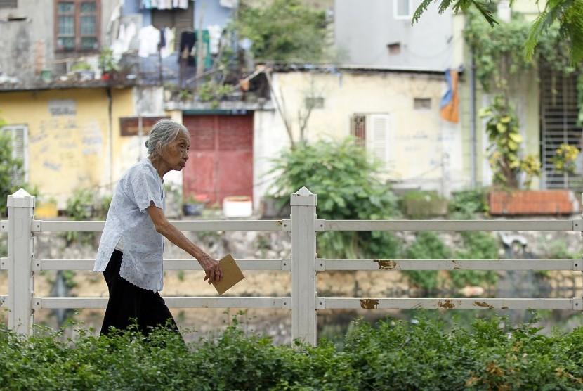 Ketika memasuki masa pensiun, masih ada sejumlah kegiatan yang mungkin dilakukan untuk memperoleh pendapatan.