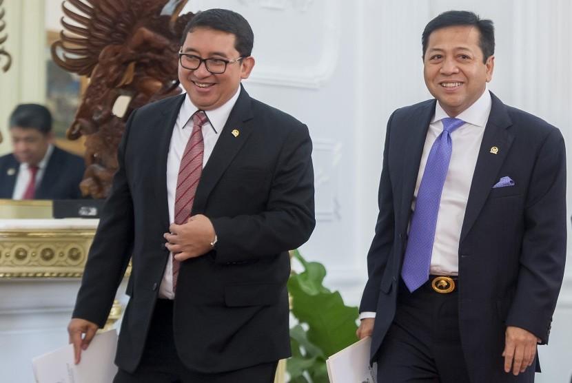 Ketua DPR Setya Novanto (kanan) dan Wakil Ketua DPR Fadli Zon (kiri)