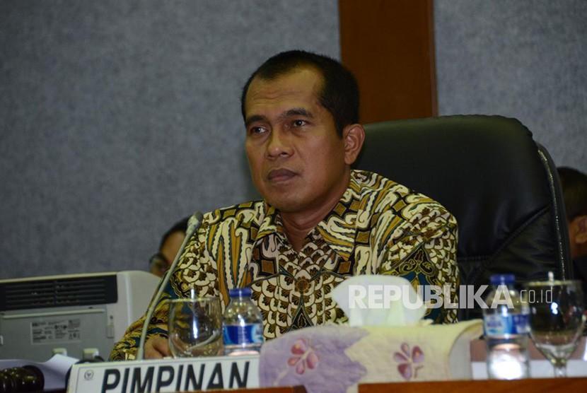 Ketua Komisi 1 DPR RI  Abdul Kharis Almasyhari.