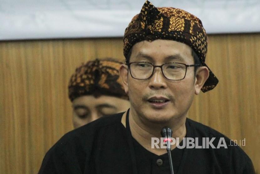 Ketua KPU Jawa Barat Yayat Hidayat