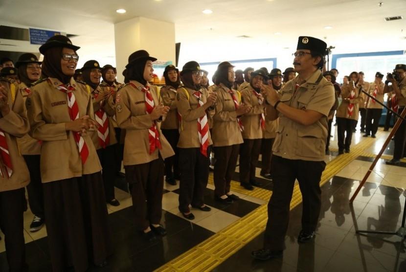 Ketua Kwarnas Gerakan Pramuka, Adhyaksa Dault saat membuka pencanangan Pramuka Peduli Karya Bakti Lebaran 1438 H