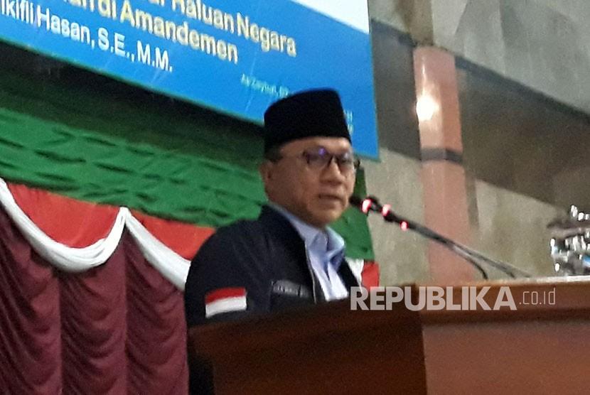 Ketua Majelis Permusyawaratan Rakyat (MPR) RI Zulkifli Hasan melakukan kunjungan sekaligus kuliah umum ke Kampus Institut Agama Islam Al-Zaytun Indonesia (IAI Al-Azis) Kabupaten Indramayu, Jawa Barat, Jumat (19/1).