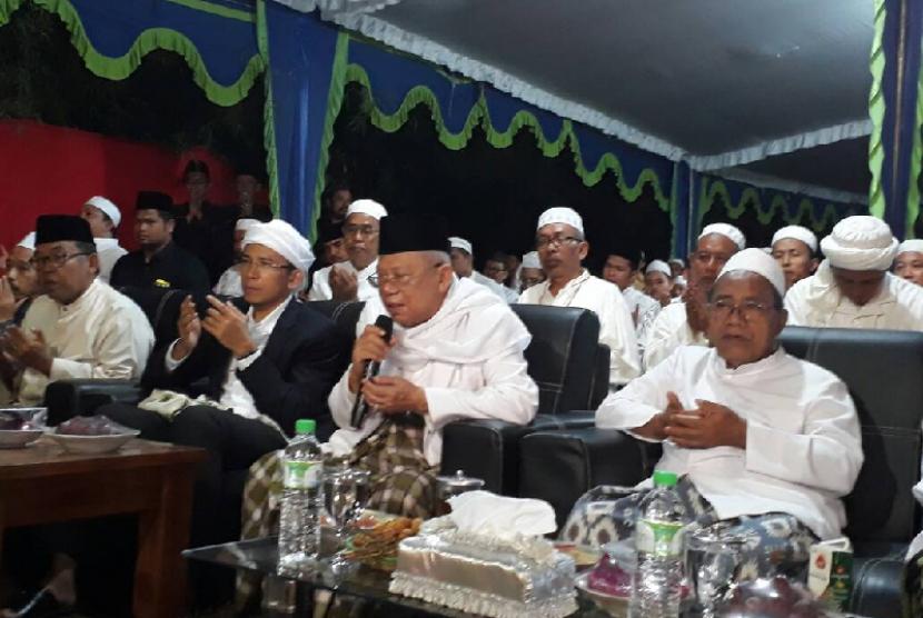 Ketua MUI Ma'ruf Amin saat menghadiri milad Ponpes Sidogiri, Pasuruan, Jawa Timur, Ahad (14/5).
