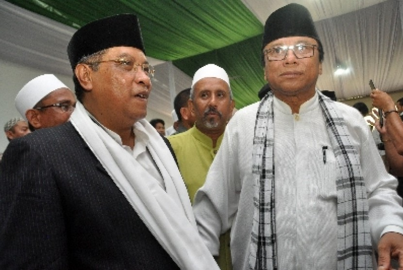 Ketua PBNU, KH Said Aqil Siradj (kiri).