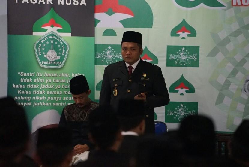 Ketua Umum Pagar Nusa, Nabil Haroen, yang memimpin Apel Pendekar,