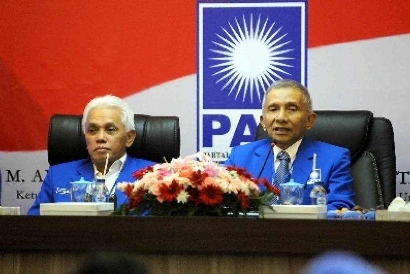 Ketua Umum PAN Hatta Rajasa bersama Ketua MPP PAN Amien Rais di kantor DPP PAN, Jakarta, Rabu (7/1) malam WIB.