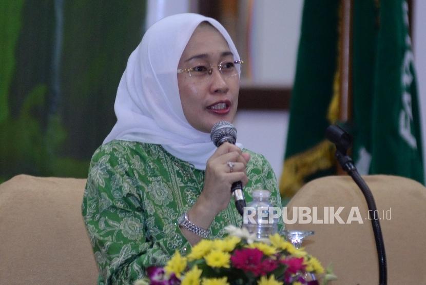 Ketua Umum PP Fatayat NU Anggia Ermarini