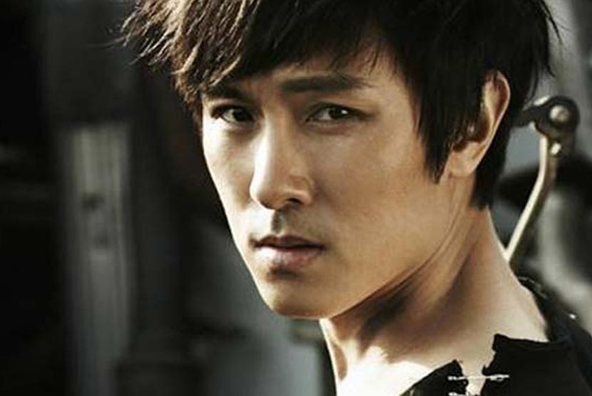 Kim Dongwan 'Shinhwa' Ingatkan Para Sasaeng