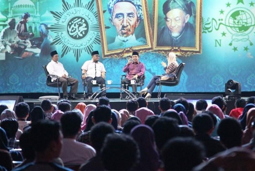 Kiprah KH Hasyim Asy'ari dan KH Ahmad Dahlan.