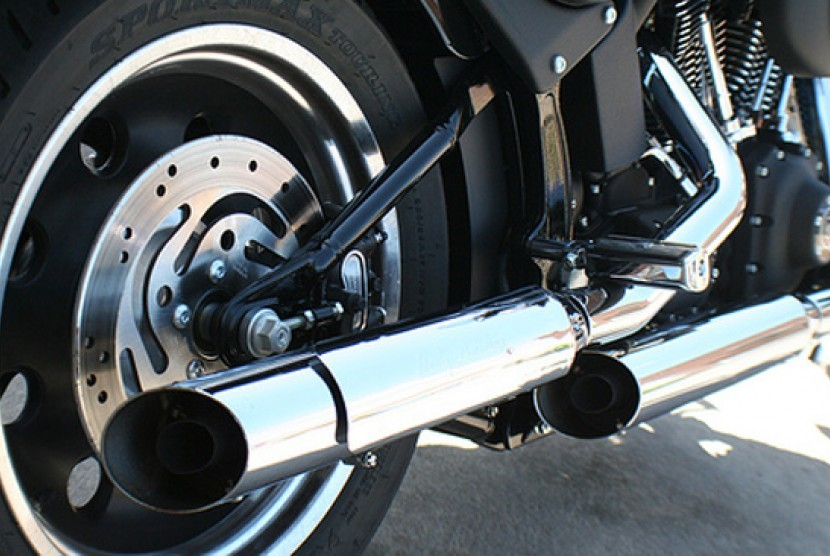 Knalpot motor. Ilustrasi