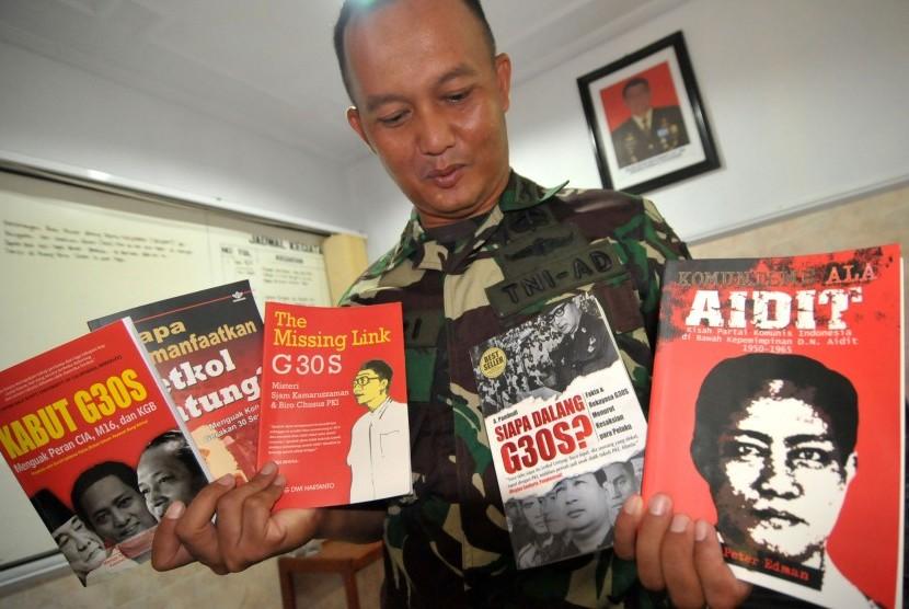 "Politik ""Umpan Pancing"" PKI ala Panglima TNI"