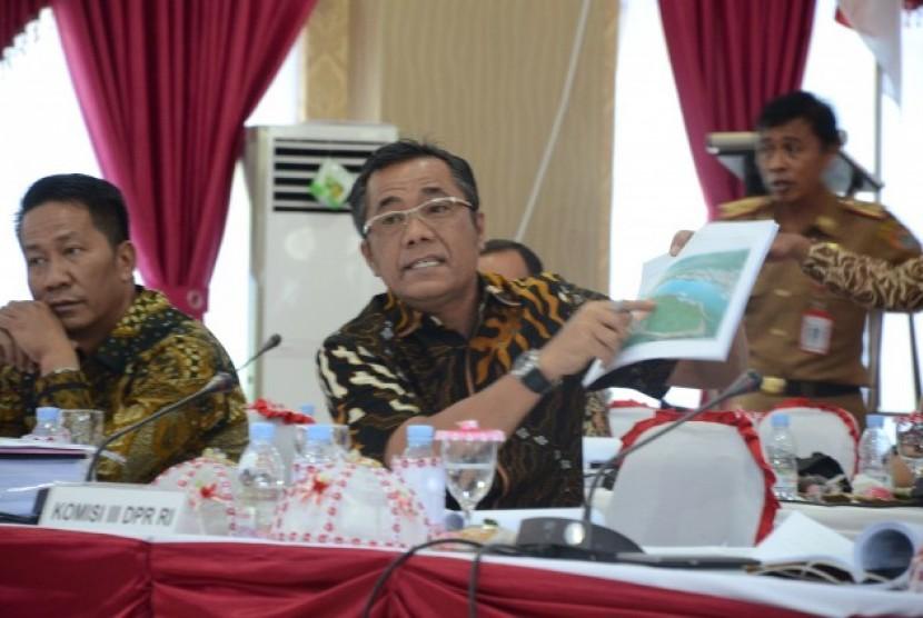 Komisi III minta KY periksa Ketua PN Banggai.