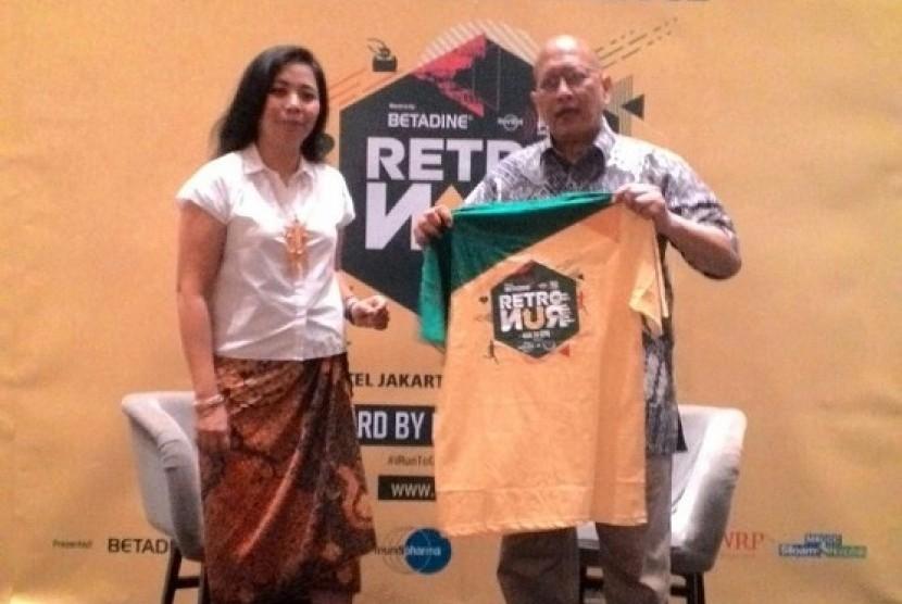Retro Run, Lari Mundur Sambil Donasi untuk Penderita Kanker