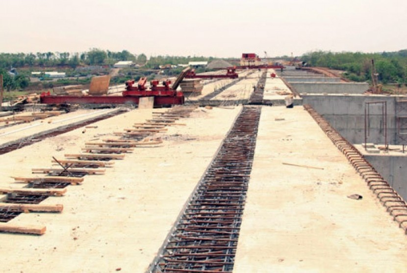Waskita toll road construction project.