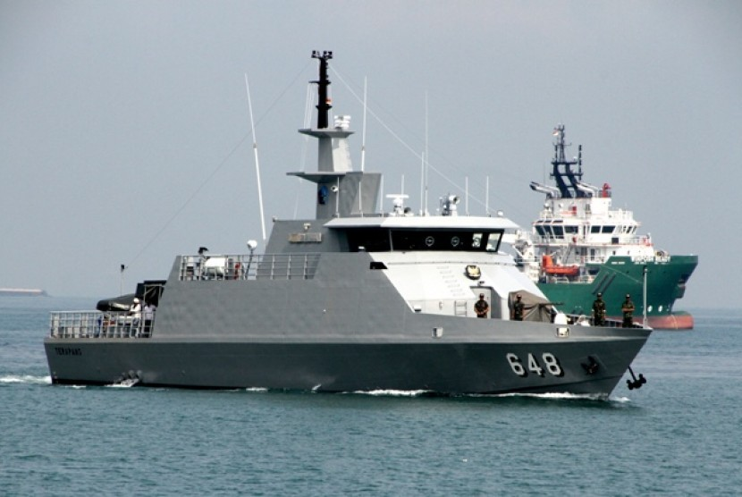 http://static.republika.co.id/uploads/images/inpicture_slide/kri-terapang-648-jenis-kapal-cepat-rudal-buatan-indonesia-_150517075443-327.jpg