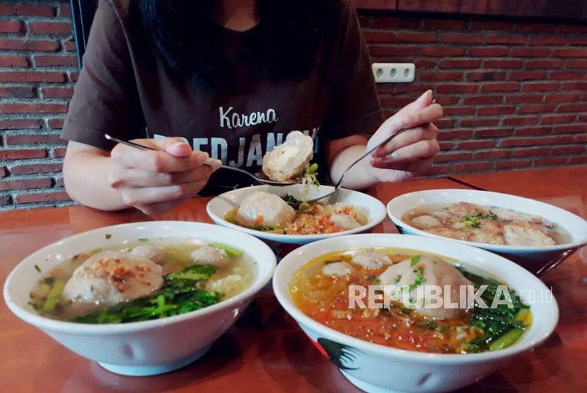 Permalink to In Picture: Kuliner Sunda yang Siap Bersaing dengan Bakso Malang
