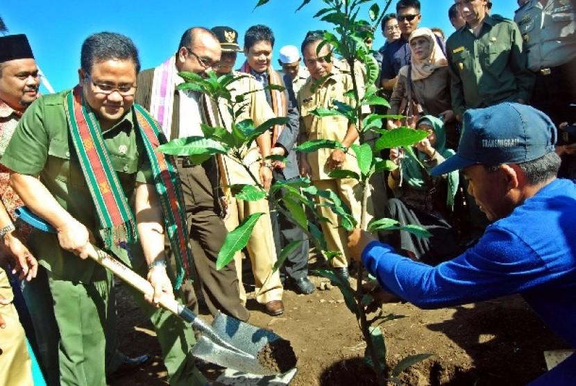 Kunjungan kerja Menteri Tenaga Kerja dan Transmigrasi Muhaimin Iskandar di Lombok