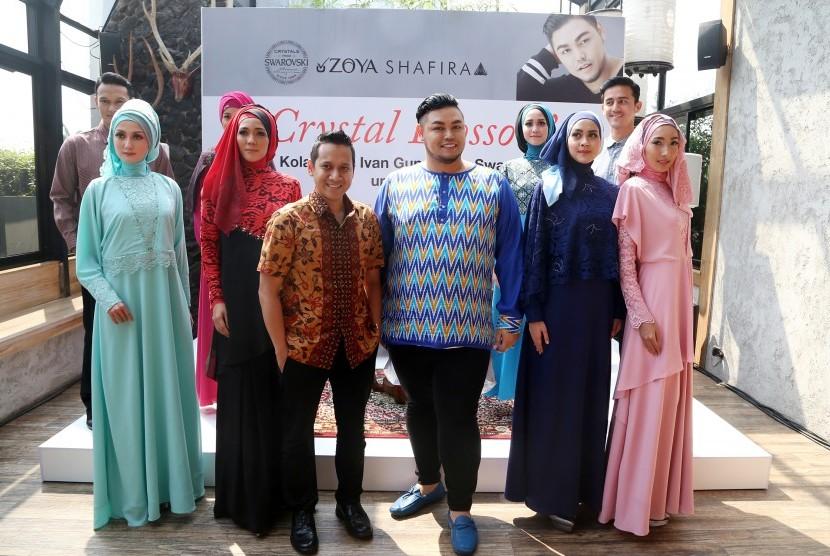 Koleksi Foto Wiwid Gunawan: Pertama Kali Rancang Baju Muslim, Ivan Gunawan Agak Kaget