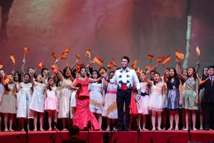 Lakon Opera Carmen