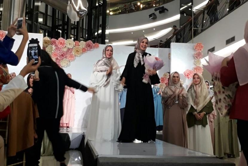 Laudya Cinthya Bella Luncurkan Merek Hijab