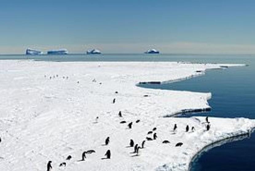 Laut di Antartika Timur.