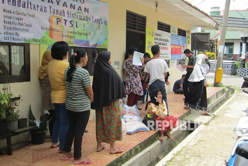Keluarga penerima Bantuan Pangan Non Tunai (BPNT)