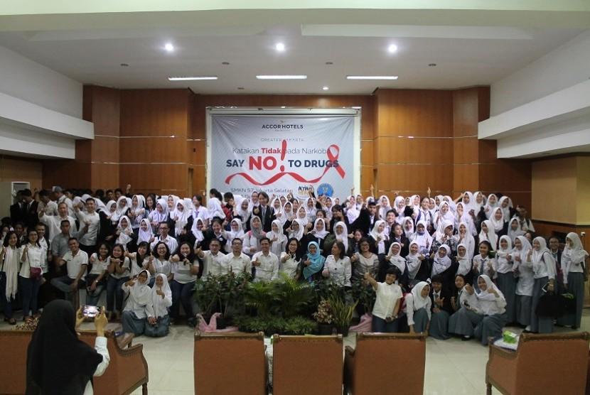 Lebih dari 450 siswa SMKN 57 Jakarta mendapat penyuluhan dan sosialiasi bahaya narkoba