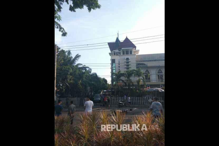 Ledakan bom di Surabaya, Ahad (13/5).
