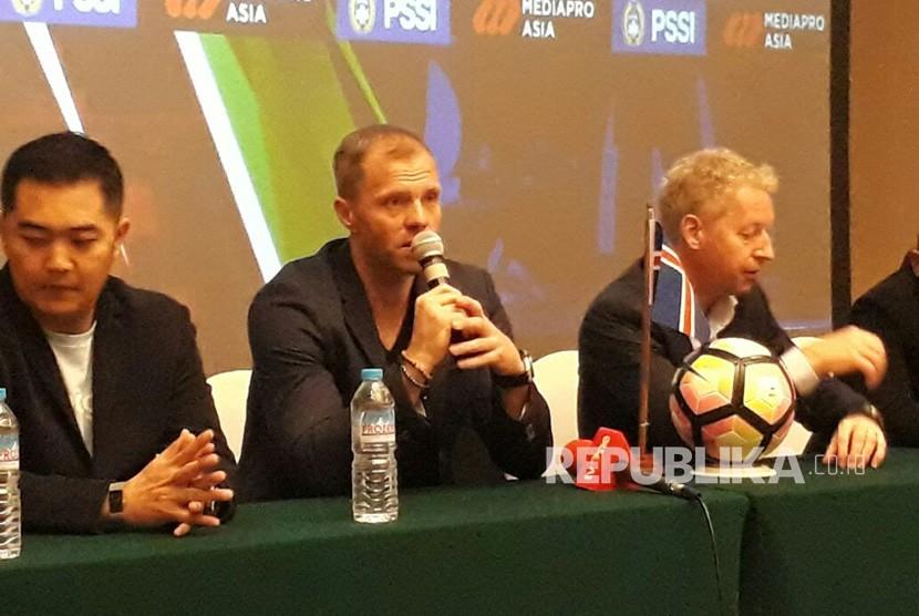 Gudjohnsen Yakin Coutinho Sukses di Barcelona