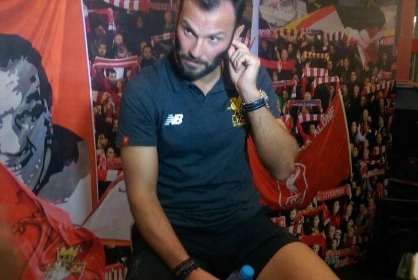 Legenda Liverpool, Patrik Berger saat menjalani sesi wawancara dengan Republika di Mall Taman Anggrek, Jakarta Barat, Kamis (8/3) sore WIB.