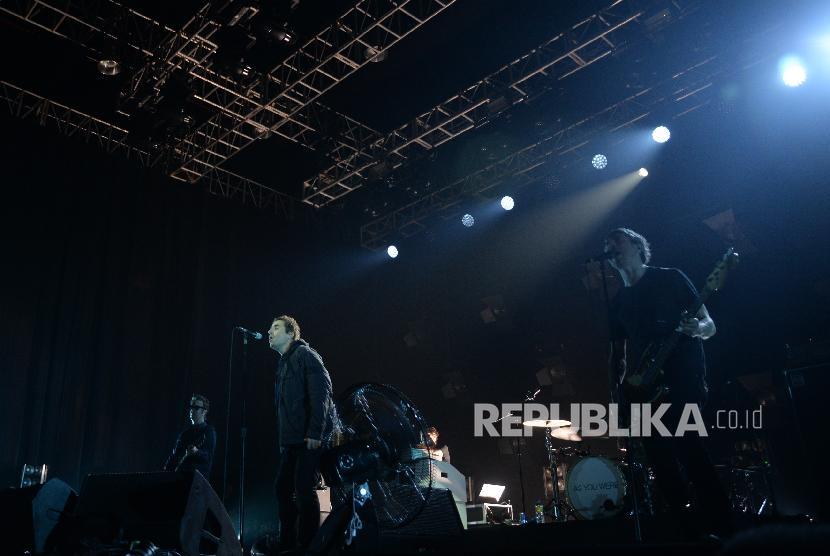 Nostalgia Fan Oasis di Konser Liam Gallagher