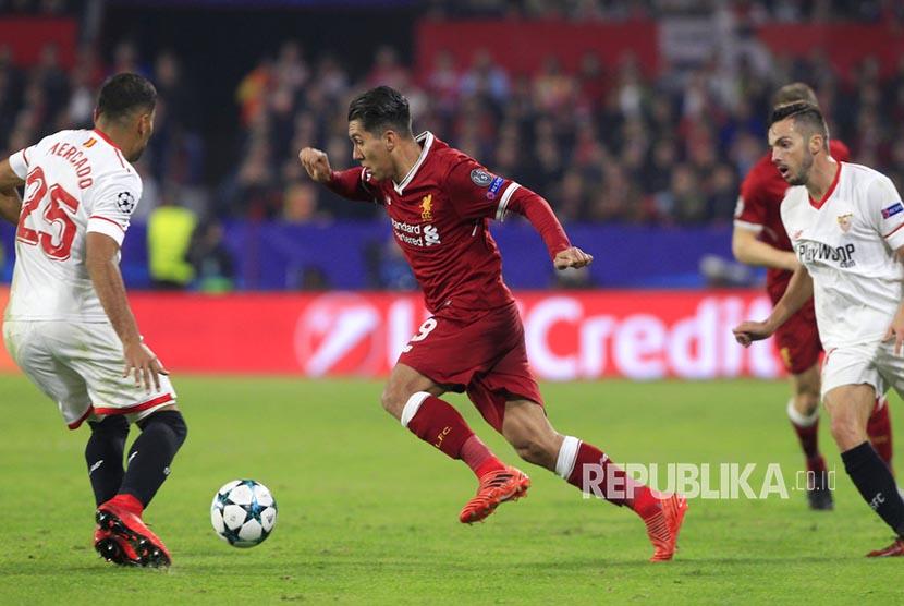 Liverpool bermain imbang 3-3 atas  Sevilla dalam laga Grup E Liga Champions di Estadio Ramon Sanchez Pizjuan, Rabu (22/11) dini hari WIB.