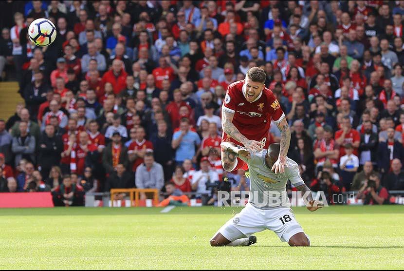 United Redam Agresivitas Liverpool dengan Kesabaran