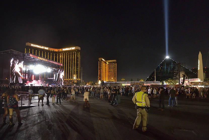 Lokasi penembakan di sebuah konser musik country di Vegas Strip, Las Vegas, Amerika Serikat (AS) pada Ahad (1/10) malam.