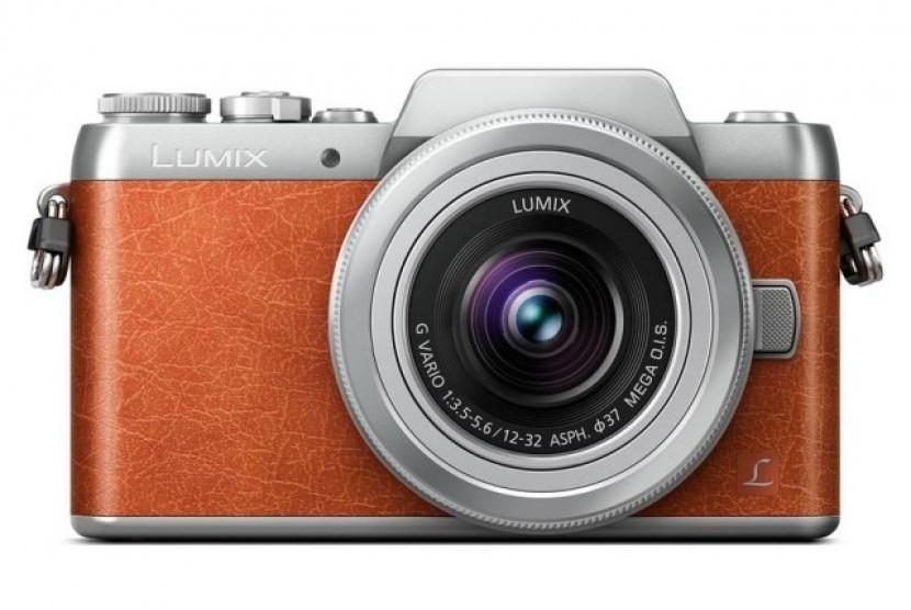 Lumix GF8.