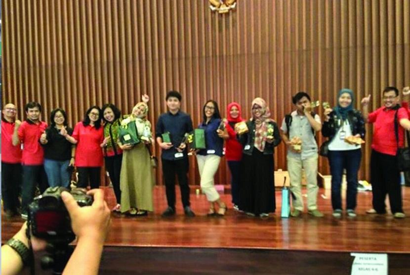 Mahasiswa UMJ turut menjadi pemenang di ajang kompetisi menggambar sketsa bangunan yang diselenggarkan Kementrian Pekerjaan Umum dan Perumahan Rakyat