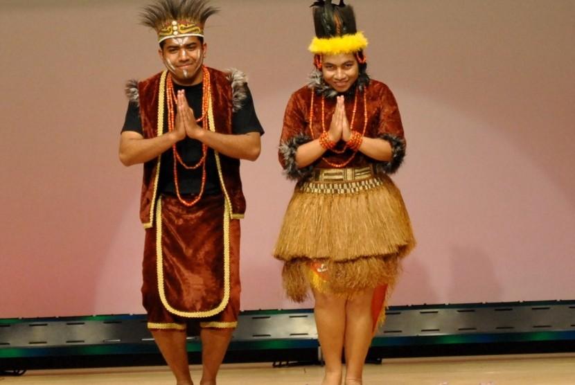 Gambar Bajupakaian Adat Indonesia Pakaian Adat Nusantara