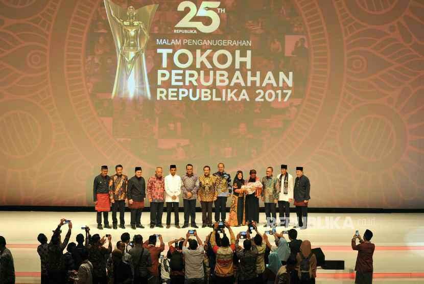 Malam penganugerahan Tokoh Perubahan Republika di Djakarta Theater, Jakarta Pusat, Selasa (10/4).