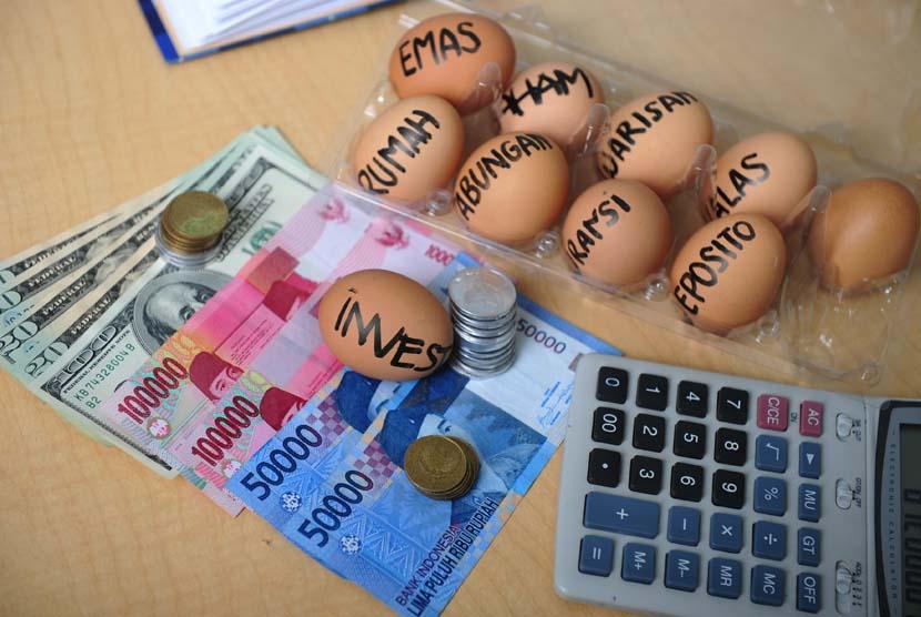Anak akan belajar mengenai keuangan dari orang tuanya.