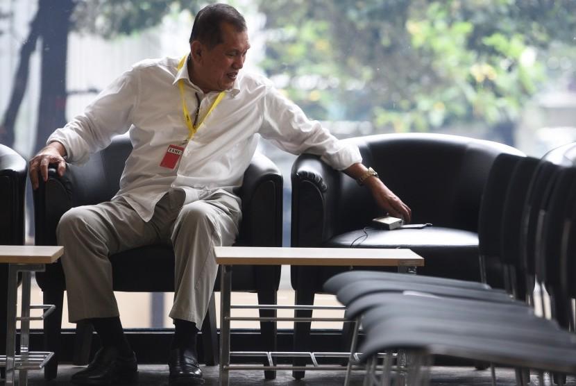 Permalink to Mantan Ketua Komisi II DPR Akui Pernah Bertemu Andi Narogong