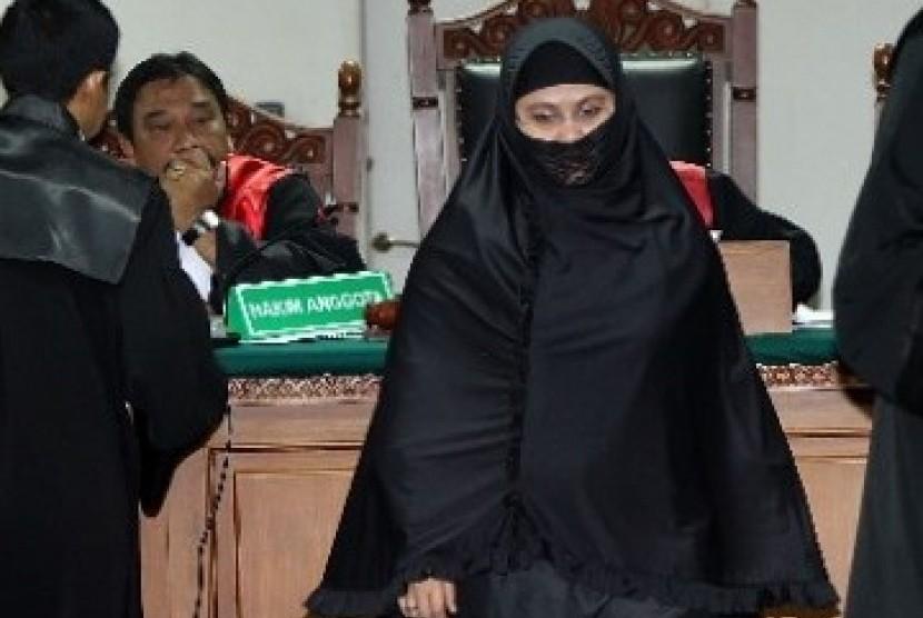 Permalink to Yulianis Ungkap Komisioner KPK Terima Uang dari Nazaruddin
