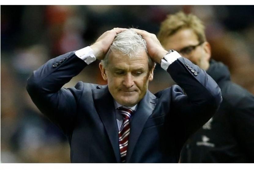Tersingkir di Piala FA, Stoke City Pecat Mark Hughes