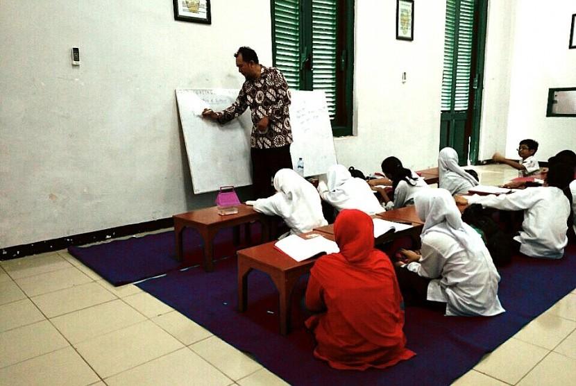 Markas kodim Bogor yang dijadikan lokasi les belajar.