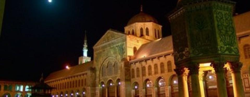 Masjid Agung Damaskus, masjid bersejarah peninggalan Bani Umayyah.
