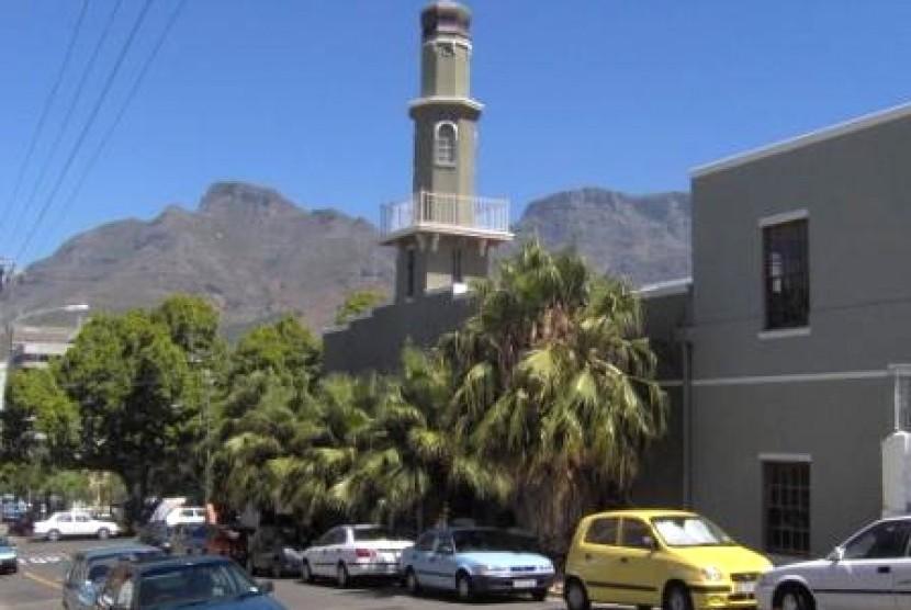 Masjid Al-Awwal (Owal), masjid pertama di Cape Town, Afrika Selatan.