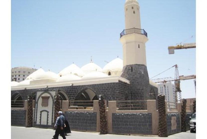 Masjid Al-Ghamamah di Arab Saudi.