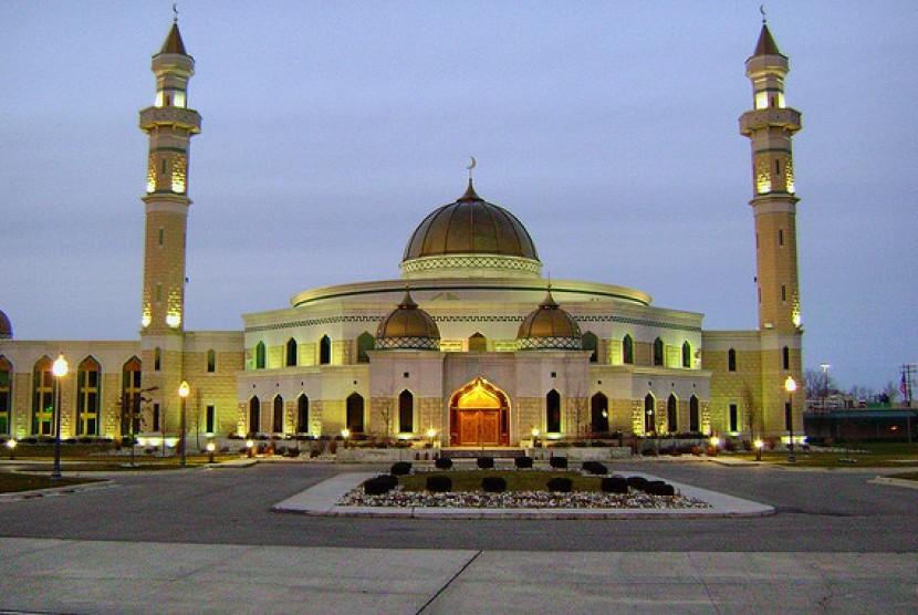 Astaghfirullah: Jamaah Masjid Florida Diancam akan Ditembaki