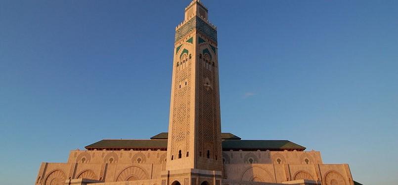 Masjid Hassan II yang terletak di Casablanca adalah masjid terbesar di Maroko